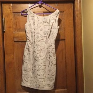 Carmen Marc Valvo cocktail dress size 6